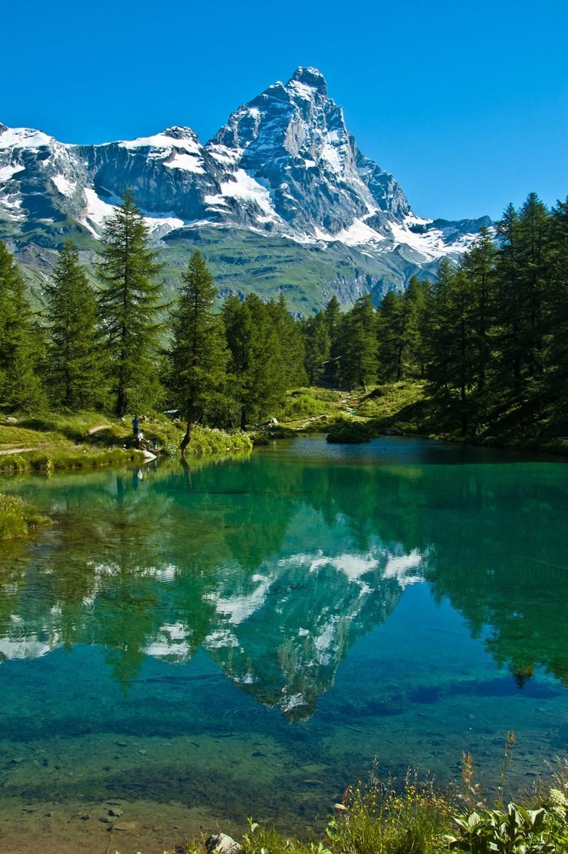 Belastingdienst schrijft klanten Zwitserse bank aan