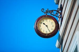Klok van uurwerkhersteller is reclame-uiting