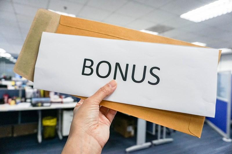 Geen recht op bonus door vroegtijdig vertrek
